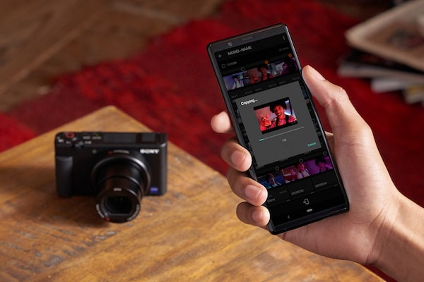 Transfer stills and movies to your smartphone with Imaging Edge Mobile