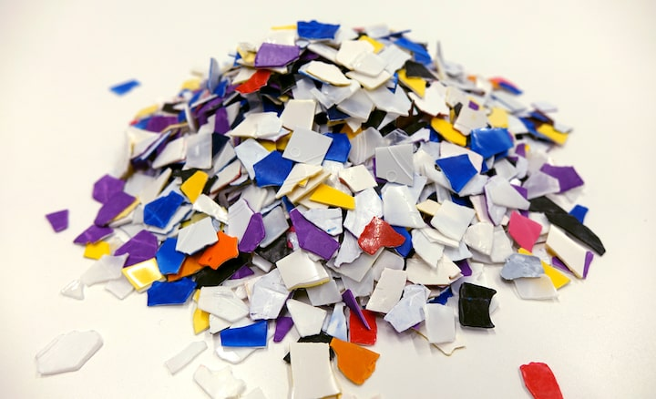 Material for recycle plastic.