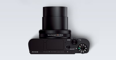 Top view of the Sony DCS-RX100 III Cyber-shot digital camera retractable lens